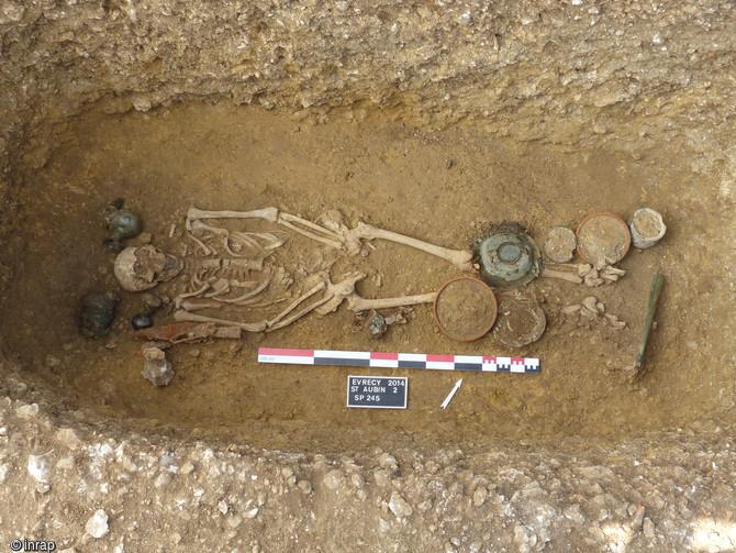 Vue de la tombe 245 de Saint-Aubin-des-Champs, Calvados